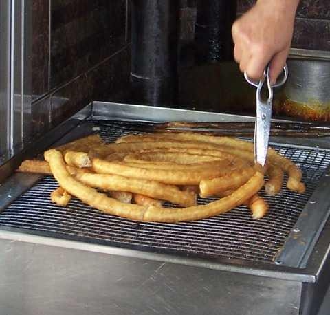 A very common Spanish breakfast: churros