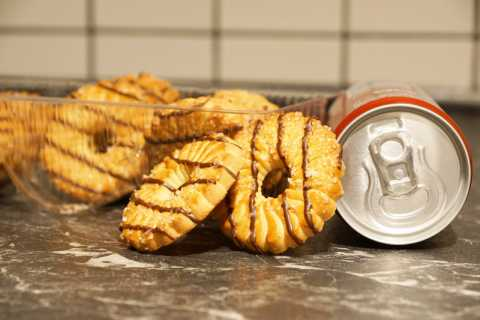 Empty calories from biscuits and soda