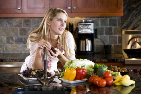 Mediterranean Diet weight loss tips. Girl getting the firm decision.